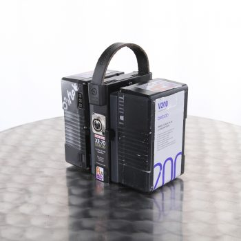 2batteries 01
